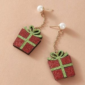 Adorable Gift Box Drop Earrings